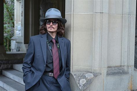 www johnny johnny depp look alike and comparison denise pearson