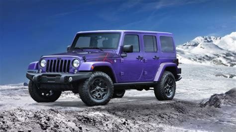 it s all that jeep unveils 90s looking wrangler talk to