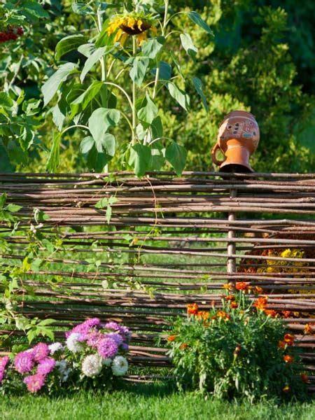Garten Bepflanzung Am Zaun 5206 by Bauerngarten Garden And Landscapes Garten