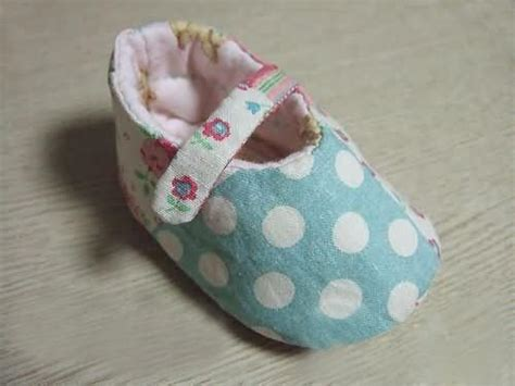 How To Make Handmade Baby Shoes - you to see handmade baby shoes of single shoelace on