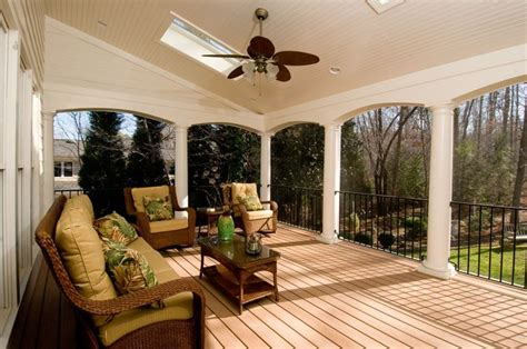 beautiful porch   columns  archways tg porch
