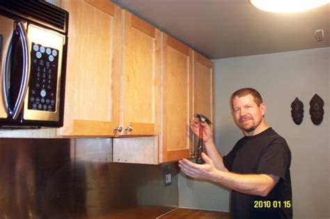 kitchen cabinets repair kitchen cabinets falling off the wall painting home