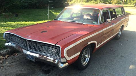 wire wheel wagon  ford country squire