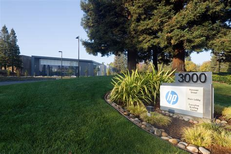 Hp Corporate Office by Hewlett Packard Company Hpq 1q Results May Gain From Pc