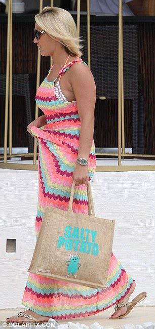 Maxy Dress Marbella Proo1 towie s sam faiers and wright their marbella hangovers with some tanning daily