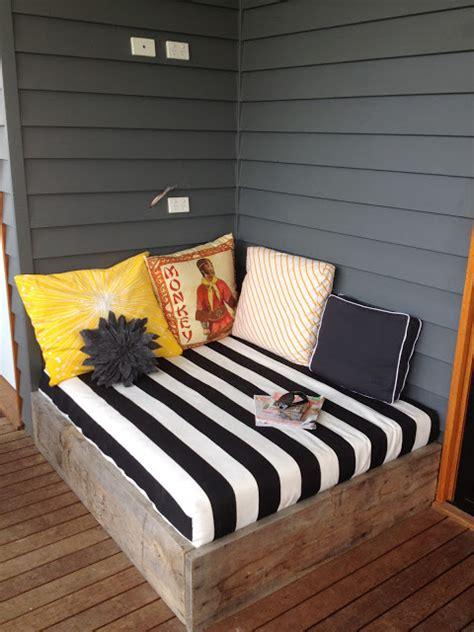 Apprentice Extrovert Diy Outdoor Day Bed Reveal | apprentice extrovert diy outdoor day bed reveal