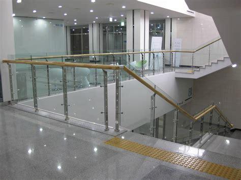Railing Kaca jual railing tangga kaca stainless steel di lhokseumawe