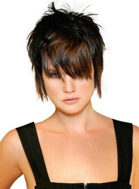 piecy layeredshag piecy shag halle berry short shag hairstyle casual