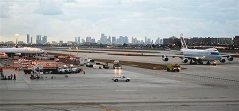miami air cargo at miami international airport