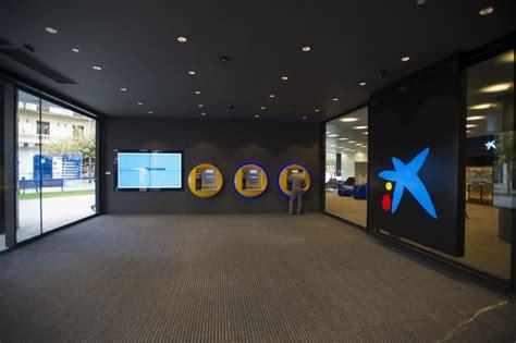 oficina la caixa caixabank obtiene un beneficio de 814 millones 31 4 en