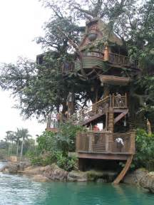 treehouse homes top 20 beautiful and amazing tree house wallpapers pics