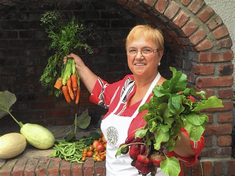 Lidia S Kitchen S Favorites Recipes by Cookbook Legend Lidia Bastianich S New Book Gives Us