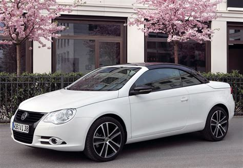 volkswagen convertible eos white the new minimalism volkswagen eos white knight edition