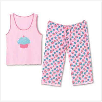 Pajamas Emon by Let Them See Cake