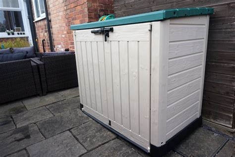 Large Plastic Sheds Uk by Improving Garden Storage With Keter Chic Living