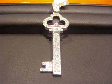 s key pendant 14 karat white gold 1 50