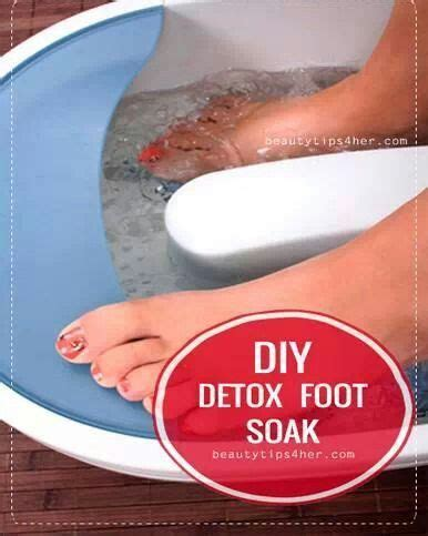 Foot Bath Detox Home Remedy by Detox Foot Soak Home Remedies Foot Detox