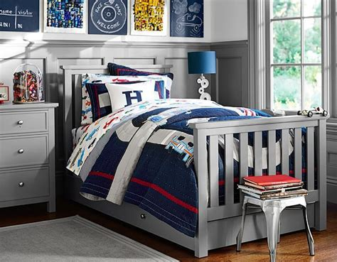 youth bedroom furniture for boys i love the pottery barn kids racecar bedroom on
