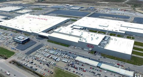 kia plant in kia finishes building state of the mexico facility
