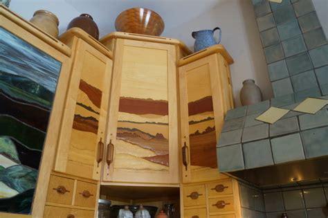 Intarsia cupboard doors
