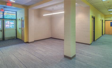 covenant house atlanta metroflor donates aspecta lvt to covenant house 2015 08 10 floor trends magazine