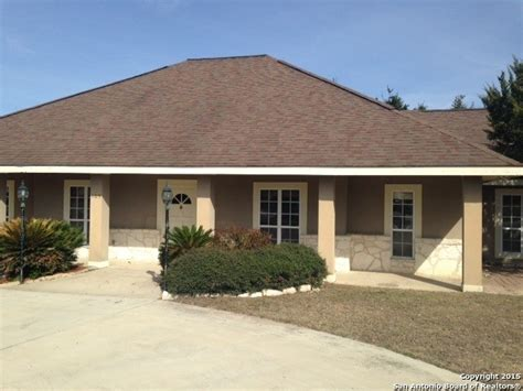 homes for in floresville tx floresville reo homes foreclosures in floresville