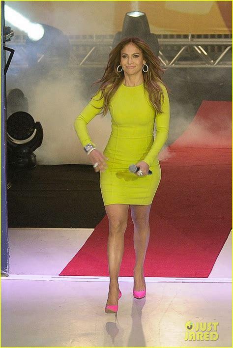 sized photo of talk show brazil 04