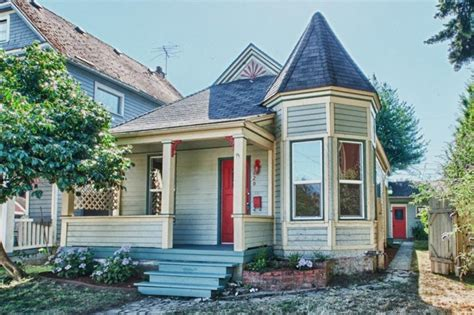 Small Home Builders Wa Cottage In Tacoma Washington Circa Houses