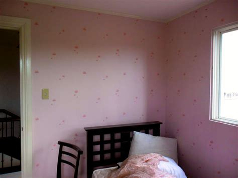 wallpaper for room walls philippines small print wallpaper to make you room looks bigger and
