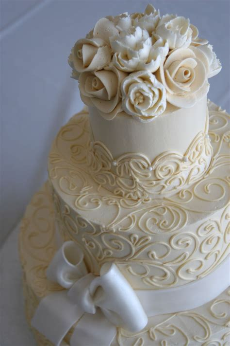 buttercream vintage wedding cakes     for Favorite Cakes