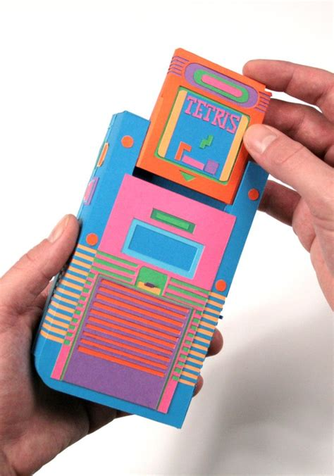 Awesome Papercraft - gameboy goes papercraft 171 papercraft