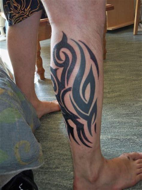 tatouage tribal mollet tattoo boutique tribal mollet la passion du tatouage