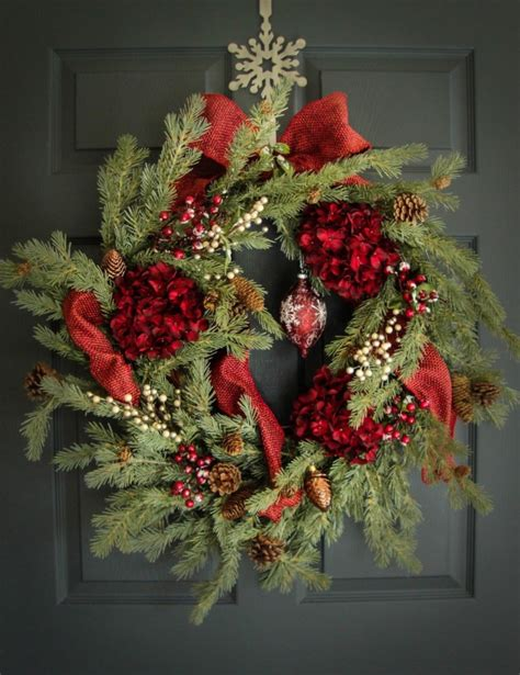Handcrafted Wreaths - 15 magical handmade wreath designs you can diy