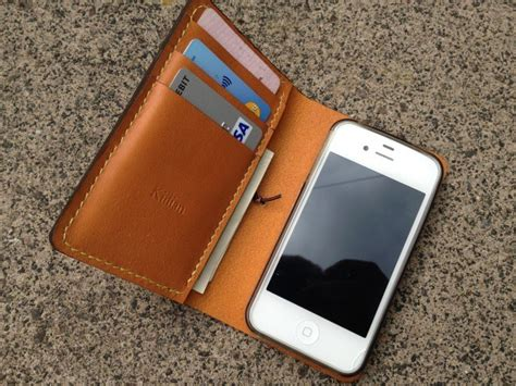 Celi Cellphone Purse Takes Zen Approach apple plans to invade the mobile payment industry one step