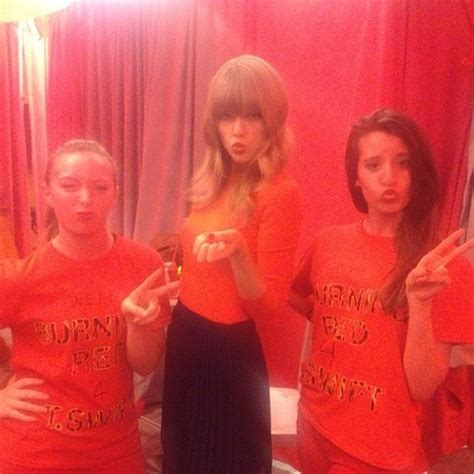 taylor swift fan club fansite with photos videos and more taylor swift club red fan meeting photos oceanup teen gossip