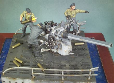 german u boat deck guns type vii c u boat deck gun and crew s5 s10 54 mm 1 32