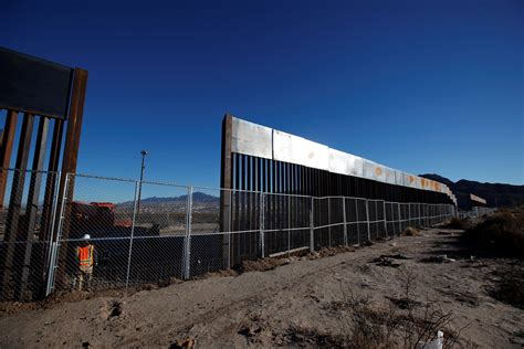 pictures of the mexico border here s what the mexico border wall looks like now pbs