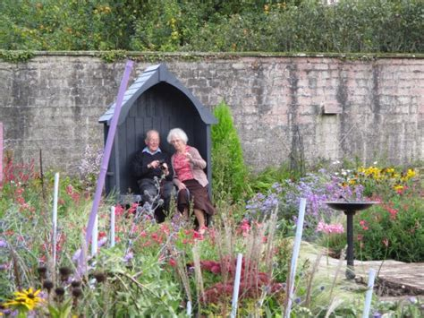 A Garden For All Ages תמונה של Ripon Walled Garden Walled Garden Ripon