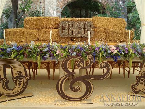 decorar mesa de boda decoraci 243 n de mesa de novios con back de pacas de paja