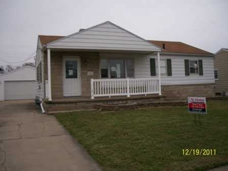 Garage Sales In South Bend Indiana by 1526 Ryer St South Bend Indiana 46628 Bank Foreclosure