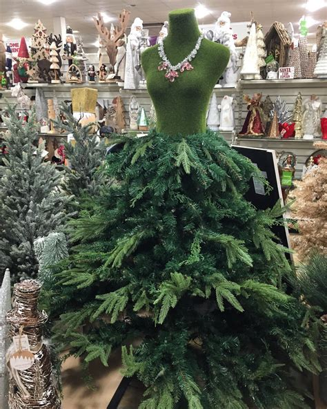 best way to dress a christmas tree tree dresses are the next best thing this season whs s pride