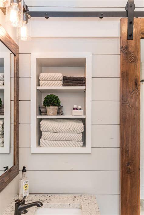 modern farmhouse bathroom best 25 modern farmhouse bathroom ideas on