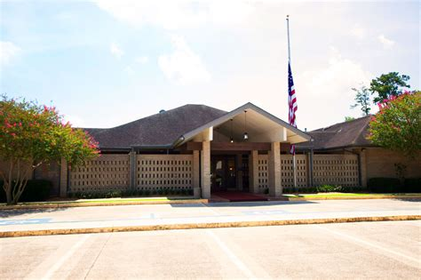 harry mckneely funeral homes and crematory