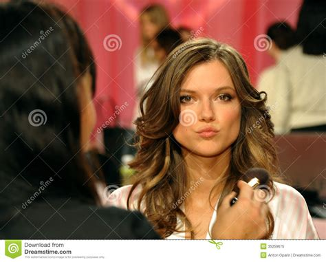 hair shows in new york 2013 new york ny november 13 model kasia struss prepare at
