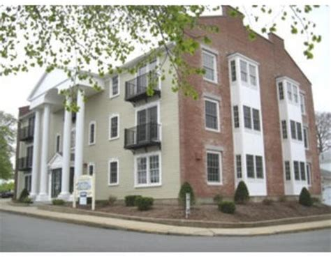 apartment rentals in plymouth ma 16 carver st plymouth ma 02360 rentals plymouth ma