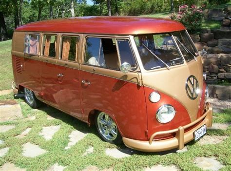 volkswagen bus painting nice iron man paint job vw vw westfalia hotness