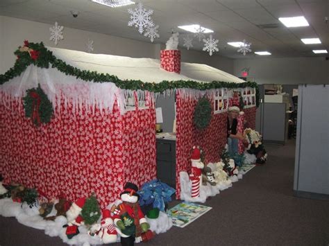 office decorating ideas for christmas