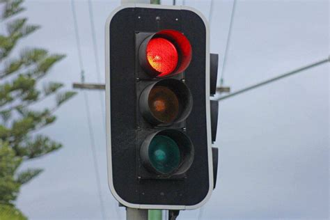 lights australia traffic light abc news australian broadcasting corporation