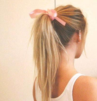 bow in her hair and rear view image back blonde blonde hair bow favim com 676662 jpg