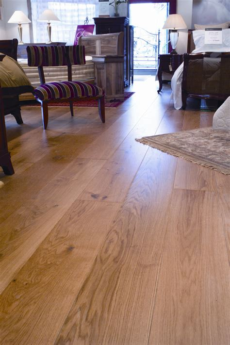 Laminate Flooring Cheap Cheap Laminate Flooring Can Do The Trick For Your House
